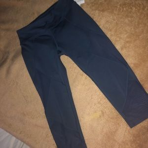 NWT Athleta Capris